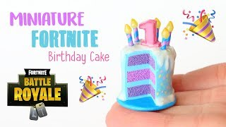 Miniature Fortnite Birthday Cake│Polymer Clay Tutorial