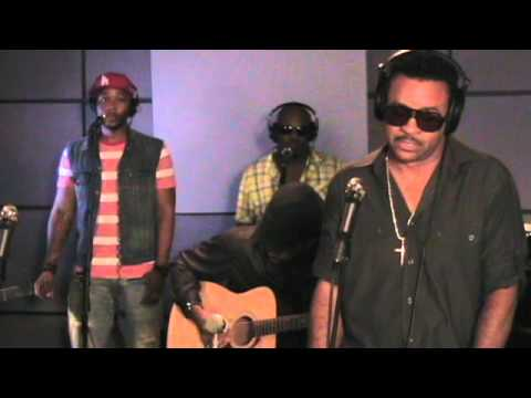 Shaggy - Strength of a Woman (Last.fm Sessions)