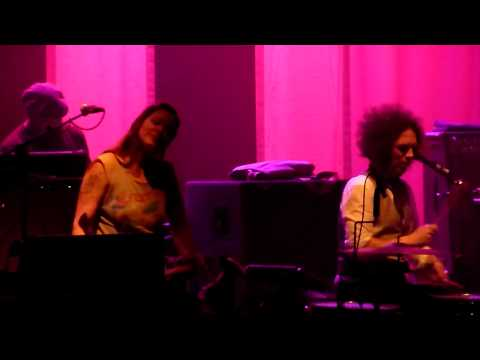 The Dandy Warhols -- The Last High -- Zia Screws up Song @ the Wiltern 6.13.13