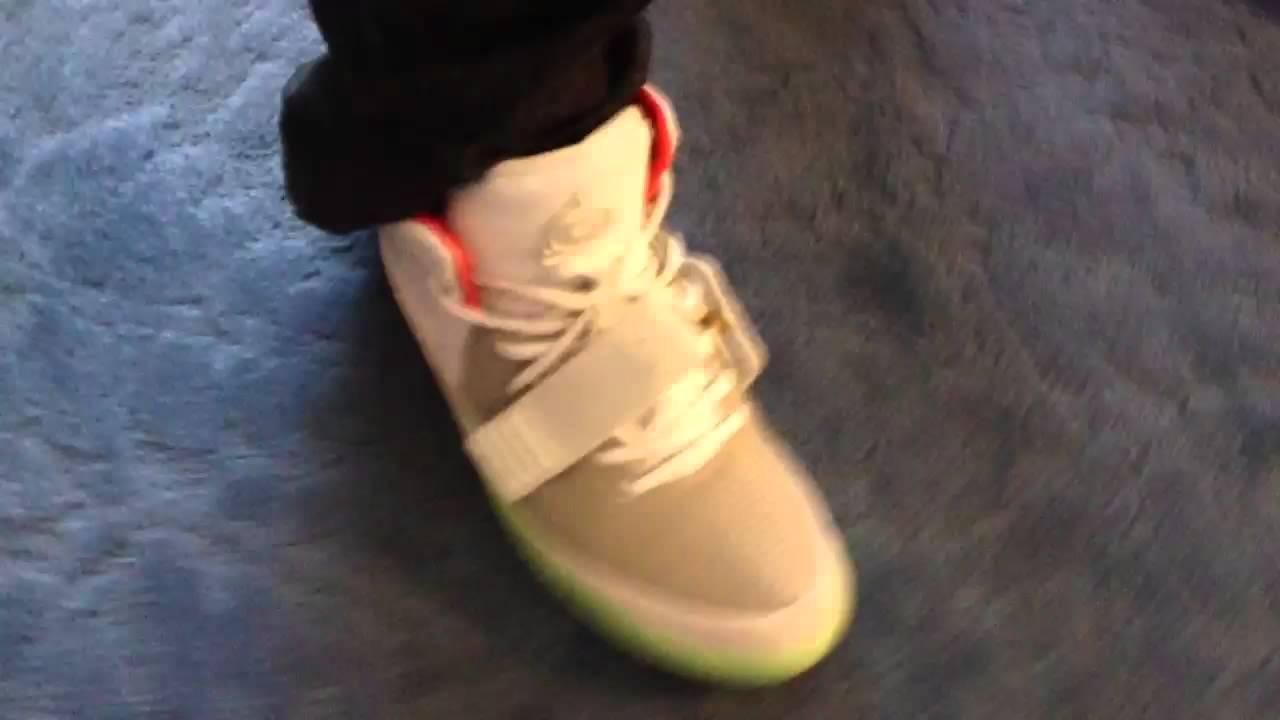 2f22849bfb42c Air Yeezy 2 On Feet Wolf Grey Pure Platinum - YouTube