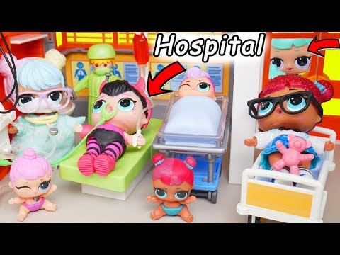 LOL Surprise Dolls + Lil Sisters at Playmobil FAKE Toy Doctor with Barbie