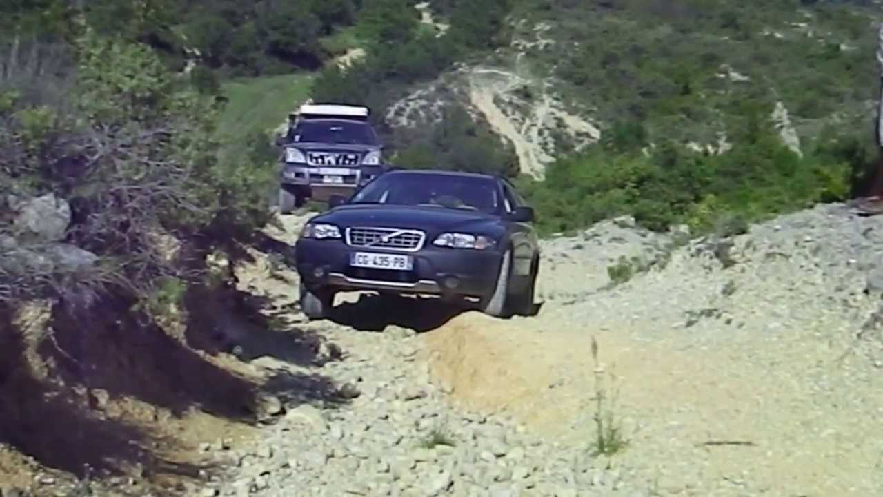 Volvo Xc70 Vs Jeep Grand Cherokee And Freelander 4x4 Offroad Suv 34 Randonnée En Famille You