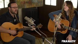 [3.59 MB] Folk Alley Sessions at 30A: Robby Hecht & Caroline Spence -