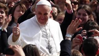 Papa Francesco, il racconto per immagini ed emozioni di un mese lungo un anno