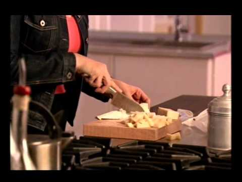 Nigella Lawson: Cheese Fondue: Express