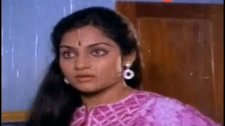 Comedy Scene - Madhavi Shocks Seeing Chiranjeevi Nude