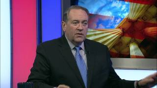 Mike Huckabee Says Why Catholics Should Vote for Him