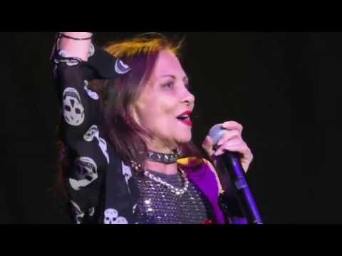 Stacey Q - We Connect & Two Of Hearts (Melbourne, 24 July 2016)