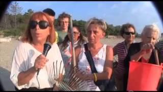 I turisti del Camping Classe ripuliscono la spiaggia di Lido di Dante - cronaca 19 07 2013
