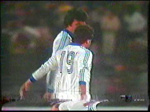 Goles de Carlos Caszely en la seleccion Chilena