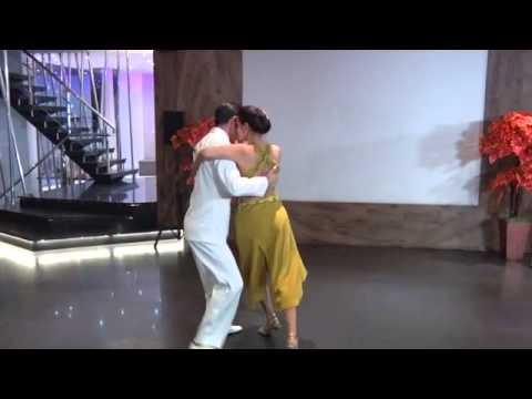 Tango dance RATIH SOE KOSASIE (INDONESIA) - FERNANDO BERTOLA (ARGENTINA)