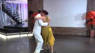 Download Video Tango dance RATIH SOE KOSASIE (INDONESIA) - FERNANDO BERTOLA (ARGENTINA) MP3 3GP MP4
