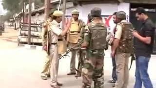 Indian Army Live Fight With Militants in Kashmir