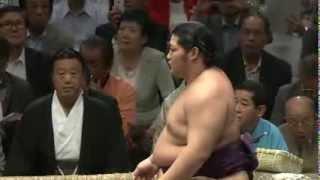 平成25年秋場所13日目 時間いっぱい4:05~ 新入幕の遠藤が三役と対...