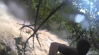 Inundacion Mortal Atrapa a Tres Jovenes en el Rio Ataud Adjuntas, Puerto Rico  ( Flashflood)