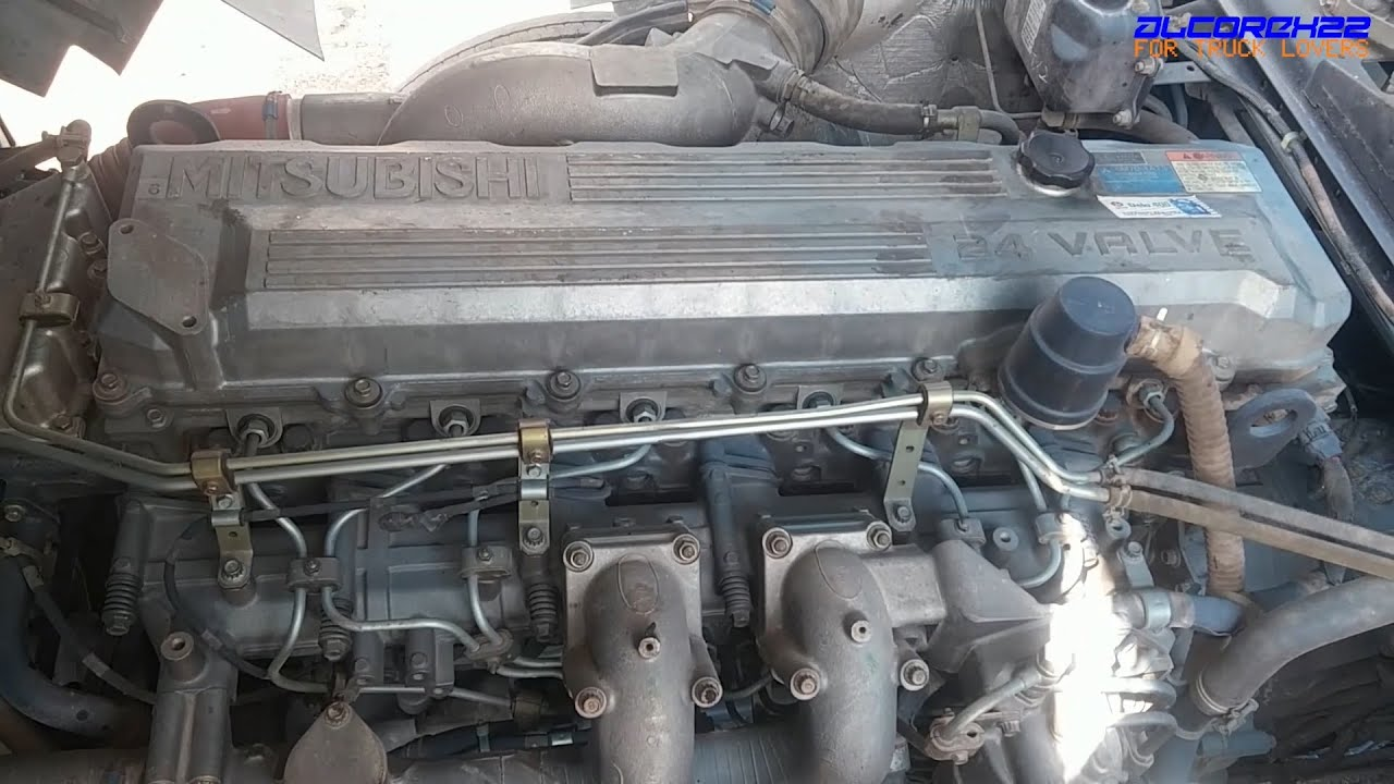 Mitsubishi Fuso 6M70 Engine View