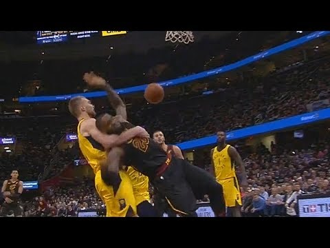 LeBron James Gets Put In A Chokehold by Domantas Sabonis (VIDEO)