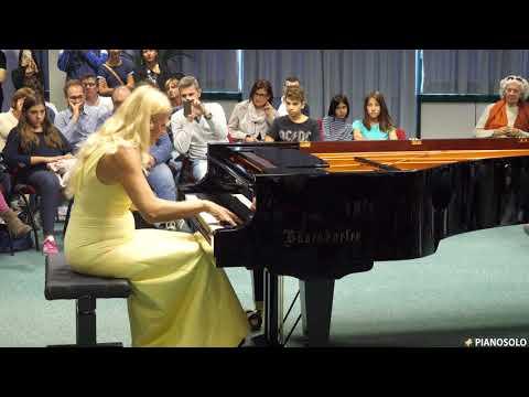 Valentina Lisitsa Liszt's Hungarian Rhapsody no.2 LIVE HD