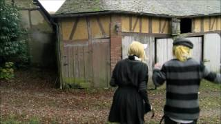 Download lagu The Serial Cosplayers Wonder GirlLabyrinth Gate Rin LenMiku Vocaloid Live Action MP3