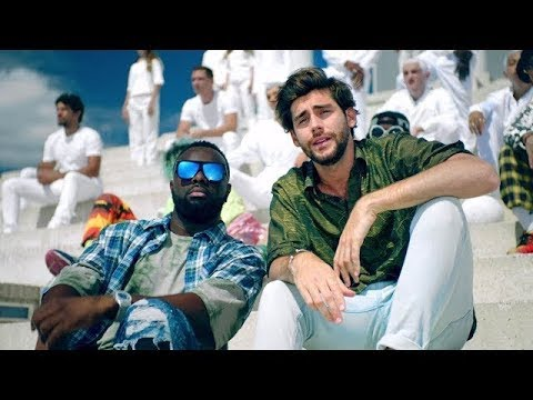 Maître GIMS - Lo Mismo ft. Alvaro Soler (Clip Officiel)