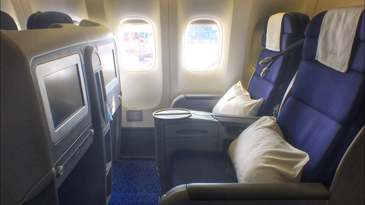KLM Business Class Fifth Freedom Flight to Bali - YouTube