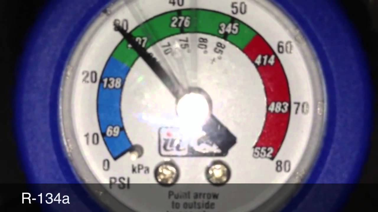 A/C pressure gauge fluctuation problem