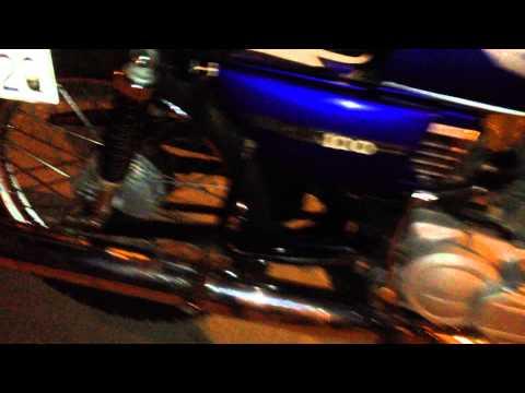 Suzuki Ax 115 sonido vs sonido de Yamahas Rx
