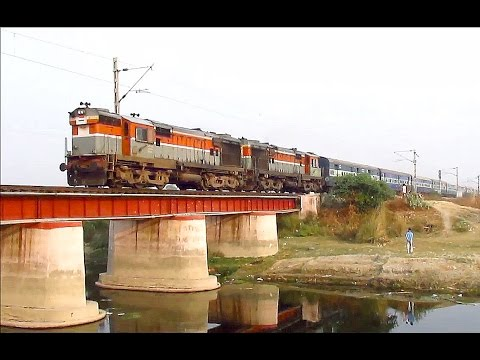 Double Diesel Treat - Chandigarh Bandra Chandigarh Superfast with twin Diesels