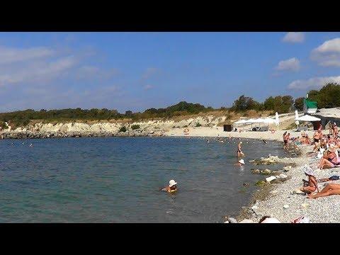 Геленджик. Голубая бухта. Пляж санатория Пирогова