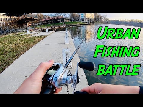 UNFORESEEN URBAN FISHING BATTLE??? (Bank Angler Vs. Kayakers)