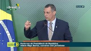 Porta-voz da Presidência da República fala com a imprensa