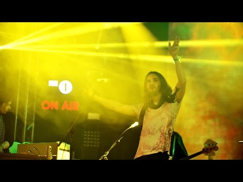 Tame Impala - Let It Happen (Radio 1's Big Weekend 2016)