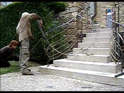 trapleuning rampe d 39 escalier banisters gel nder youtube. Black Bedroom Furniture Sets. Home Design Ideas