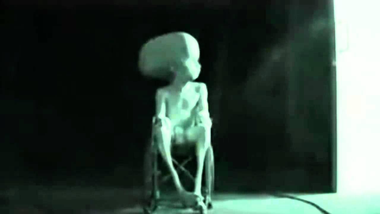 Video Alien nudes (16 photo), Bikini