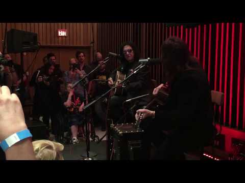 Gene Simmons & Ace Frehley Vault Jam - Torpedo Girl and Blues