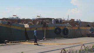 土砂運搬船火災で3人死亡 千葉・富津、修理作業中に引火か
