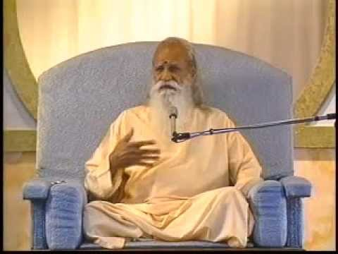 """What Binds Us?"" - A Talk by Swami Satchidananda (Integral Yoga)"