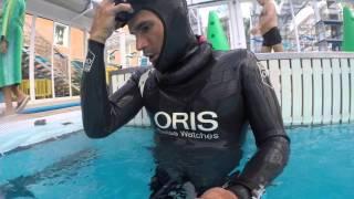 2016 02 18 Carlos Coste diver exhibition