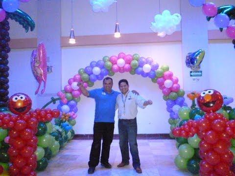 Exito curso decoracion con globos 1 de abril youtube - Decoracion de globos ...