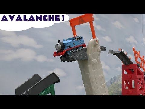 thomas-the-train-play-doh-trackmaster-tale-of-the-brave-avalanche-escape-toy-train-set-playdoh