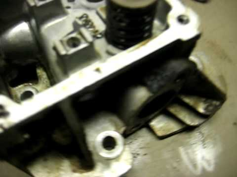 displaced valve guide damage to v twin briggs youtube rh youtube com briggs and stratton intek valve guide repair Briggs and Stratton Intek Engines
