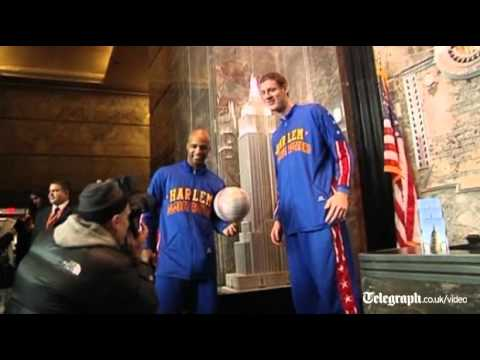 "Paul ""Tiny"" Sturgess joins Harlem Globetrotters as world's ..."