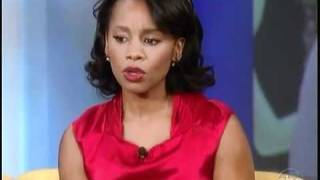 Anika Noni Rose on The View, Showing her Disney Store Tiana Doll