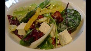 Как приготовить салат из красной фасоли с творожным сыром, красным луком