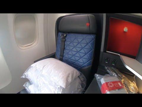 Delta One Suites Boeing 777 Minneapolis to Tokyo Hanada DL121 Delta Airlines