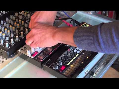 Korg Volca Beats, Korg Volca Bass Demo