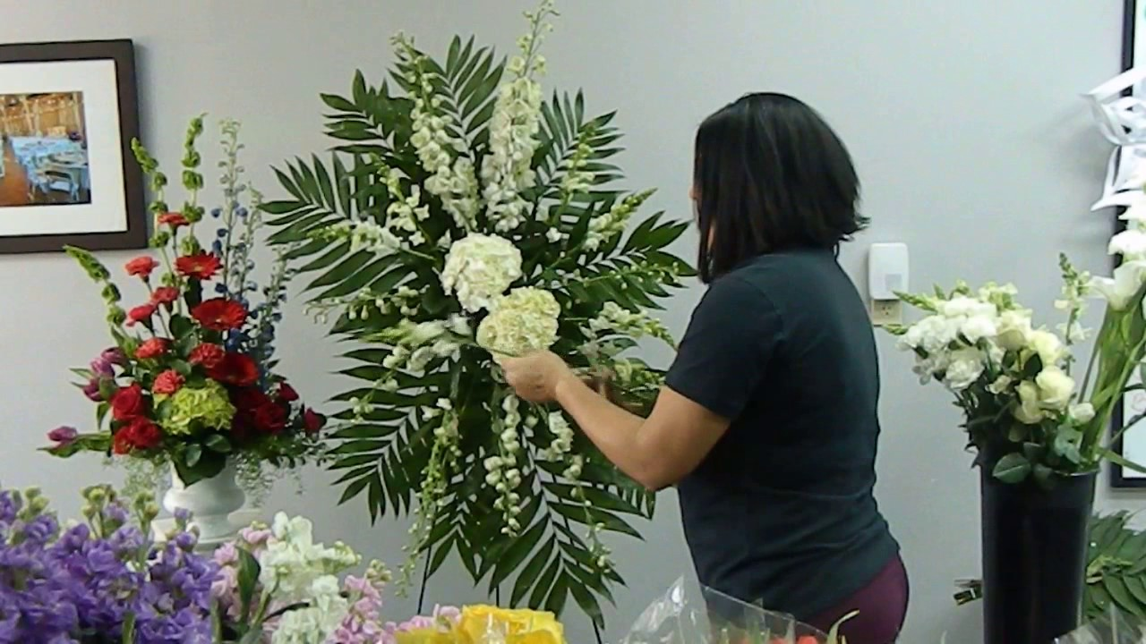 How To Make Standing Spray Floral Arrangement For A Funeral Youtube