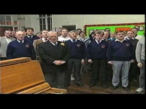 Treorchy Male Choir & Sir Harry Secombe singing Cwm Rhondda