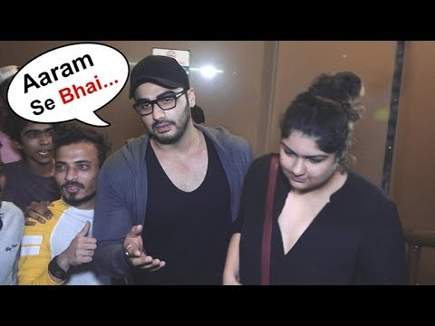 Arjun Kapoor PROTECTS Sister Anshula From Crazy Media