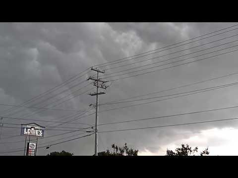 Tornado forming in clarksville tn 05/29/2012